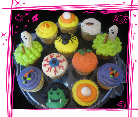 Halloween cupcakes archives the cupcake universe for Halloween mini cupcake decorating ideas
